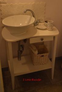tavolo bagno 2